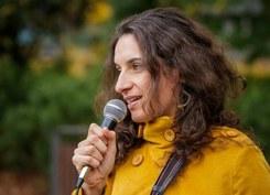 """""""pensar a Escrita"""" com a escritora Joana Bértholo"""