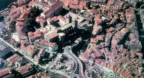 Do Castellum Indigena ao Castrum Novum - uma viagem de sete séculos pelas origens da cidade