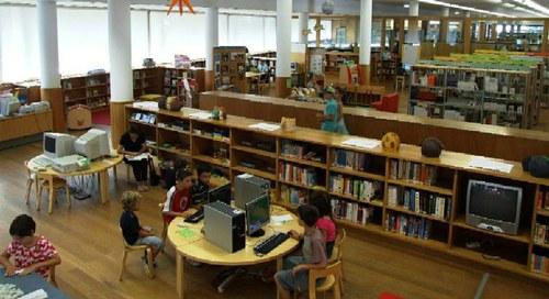 Nos Bastidores da Biblioteca