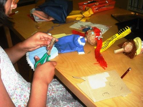 Oficina de reciclagem criativa: artes e brinquedos